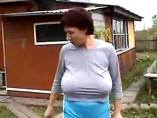 Grandmas Large Saggy Wobblers
