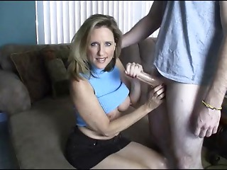 Mamma Gives Cook jerking toYoung Guy