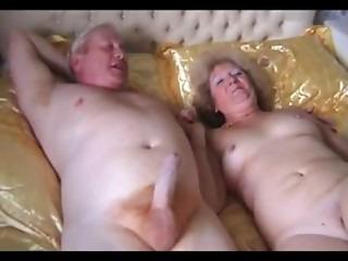 Older Pair Bonk
