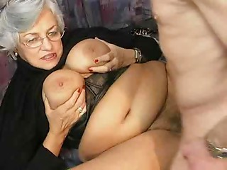 So hawt grannies!