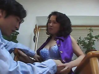 sexy japanese mama