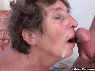 Hirsute old slut likes anal sex invasion
