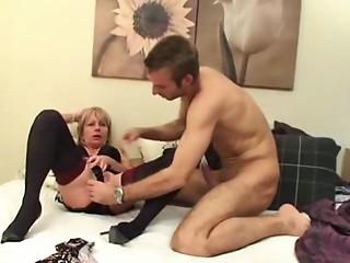 British Mamma Kewl Wake Up Call