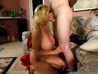 Sexy blonde Cougar and youthful dude