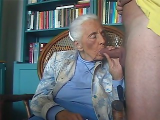 PERVERT Old bitch Paramour 1