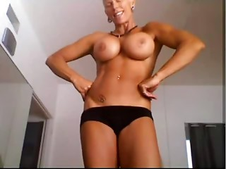 Musculair aged woman with hawt pierced fur pie