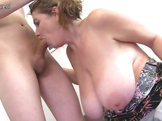 Bigtitted mom fucking with her guy