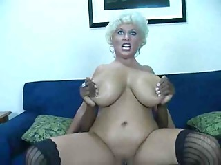 Very Hawt Aged Lady Having Sex With a Huge black meat And Cum