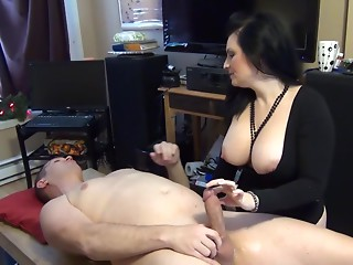Juicy Mommy 19