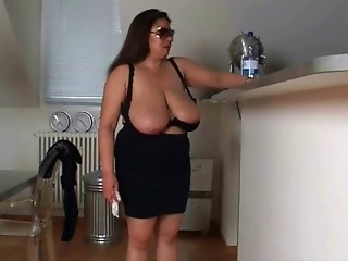 Big breasted latin mamma
