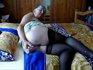 Older grannny still likes sex ! Dilettante