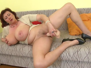 Sex bomb mom with giant milk cans ssbbw