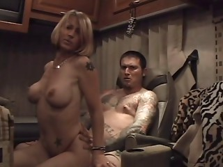 Dilettante Anal sex Mom