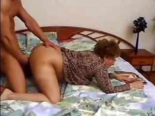 Hirsute Old slut Catches Grandson Jacking