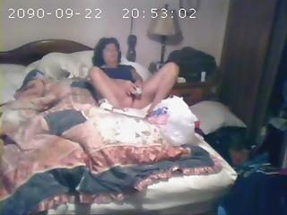 Hidden livecam catches mamma 1st time