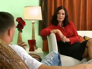 Elder psychologist bonks her juvenile patient