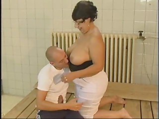 Old slut Acquires A Nice FUCKING FROM Juvenile Chap