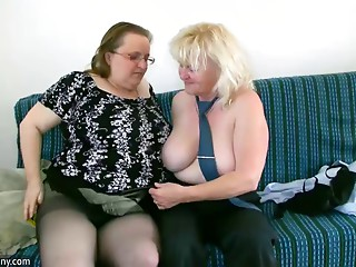 OldNanny Old with large milk sacks masturbate with chunky Old slut