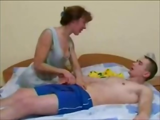 Russian mamma and not her son non-professional homemade aged cum