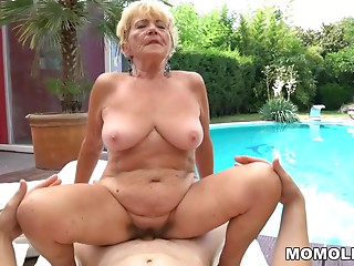 Old slut unshaved bawdy cleft on juvenile cock