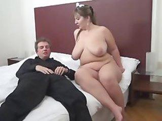Room Service For Old 10-Pounder