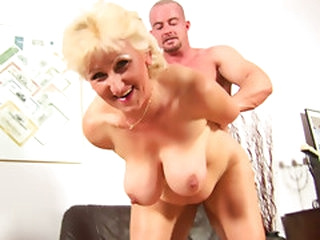 Flexible grandmother Janka receives her loose muff team-fucked by Markus Waxenegger