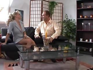 Vivia 2 - Das Deutsche Abspritz Queen