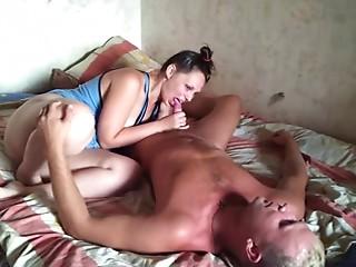 Russian elder pair at home 7