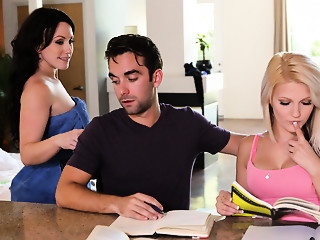 Hope Harper & Jennifer White in Pecker Hungry Mother-in-law - MomsTeachSex
