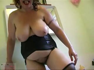 Grannie hirsute Vagina R20