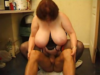 FRENCH Elder 12 butt slam bbw mama cougar and a younger stud