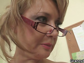 Office lady gives head and acquires nailed at the table