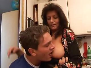 Elder Italian Babes (Mamma Che Fai - scene 3)