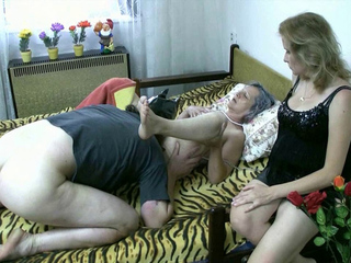 Mature Old bitch sex with a stud