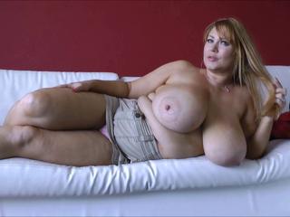Samantha 38g (Thick Gazoo & Huge Tits-Solo) 1080p