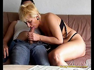 Mad older mamma acquires drilled hard taking large wang irrumation