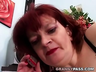 Redhead Old slut Can&#039_t Await For Arse stab With Juvenile Schlong