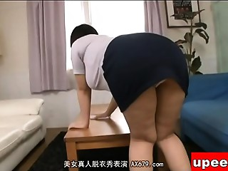 Old Oriental Mother I'd like to fuck wife with son cooking creampie xxxJapan