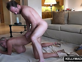 KELLY MADISON Large Titty Mother I'd like to fuck Creampie