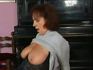 Group-sex with old honeys - 7