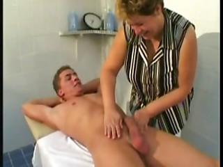 Elder Massage Thearpist Bonks Client