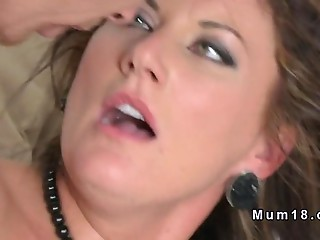 Milf beauty gets fucked in the morning