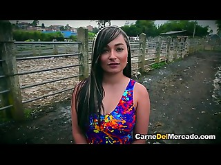 Ninf&oacute_mana colombiana - Full &amp_ HD clip http://sh.st/3F4mC