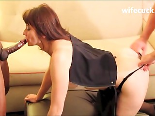 Wife does it once more with Huge black meat and hubby - wifecuck.com