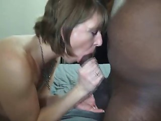 Old cougar wife interracial creampie (Camaster)