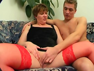 Excellent Shorthair-BBW-Milf screwed by youthful Fellow