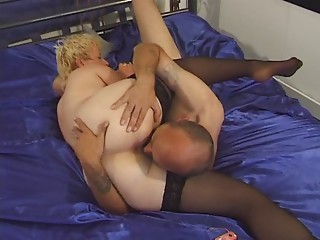 Old slut in Nylons Toyed and Screwed