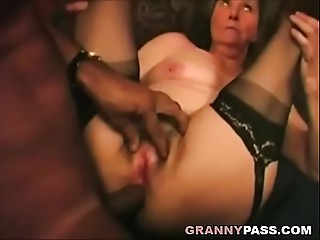 Interracial Old slut Ace fuck