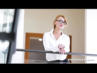 Big breasted Cougar Iskra Has Her 1st Interracial...