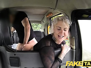 Fake Taxi golden-haired cougar acquires surprise butt slam and rims the driver